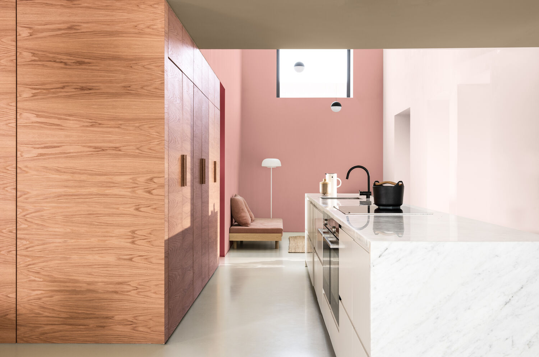 ruzova farba do kuchyne